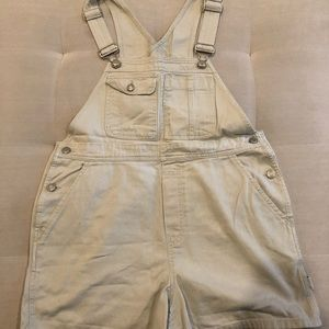 Gap szM cotton khaki colored short overalls
